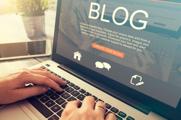 How to Start a Profitable Blog From Day 1